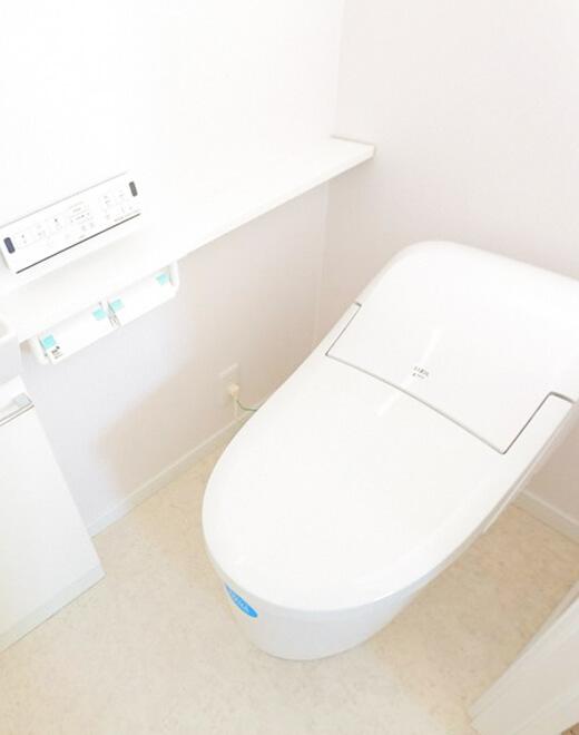 1階には手洗いユニット付きのローシルエット便座