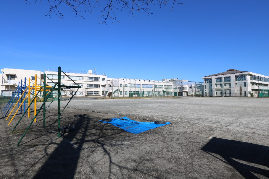 与野西中学校