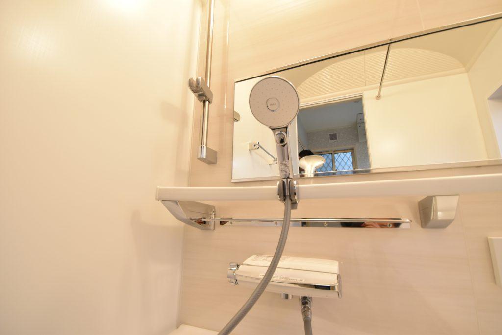 【施工例】エコアクアシャワーにワイドレバーと最新の設備♪